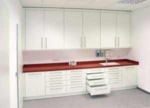 Funktion-Labor-Behandlung-Untersuchung-063-S